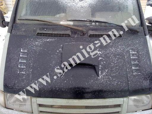 Капот «Subaru» старого образца, окрашенный на Газель
